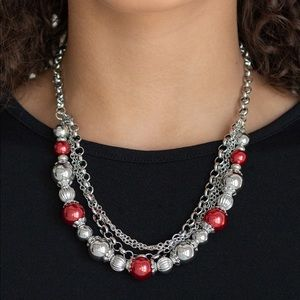5th Avenue Romance red necklace